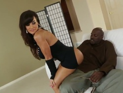 Lexington Steele acquires a good booty fuck