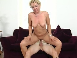 Blonde exotic is on fire in cumshot sex act