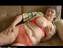 OmaPass Large titted and curved granny