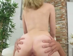Blonde displays her neat love aperture in solo scene