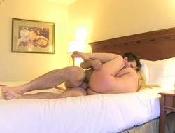 Blonde AJ Applegate gets seriously fucked in her throat by Manuel Ferrara before this babe takes it in her gazoo