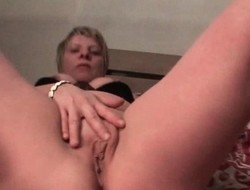 Excited mature loves masturbating her fur pie
