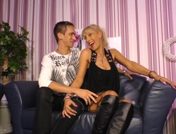 SexTape Germany - Blonde MILF with silicone tits fucks for 1st time porn