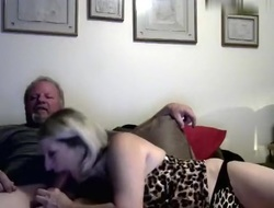 hotcouple9696 amateur record on 05/24/15 04:00 from Chaturbate
