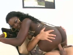 Darky with big bottom and hairless muff has some dirty fantasies to be fulfilled in ejaculation action