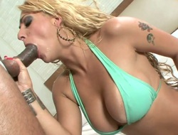 Blonde Julia Fontanelli cant live a day without getting nailed in the back yard